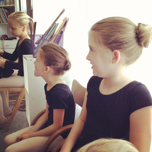 Wordless Wednesday~little girls and ballet
